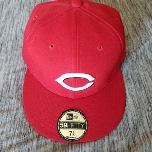 New era reds hat